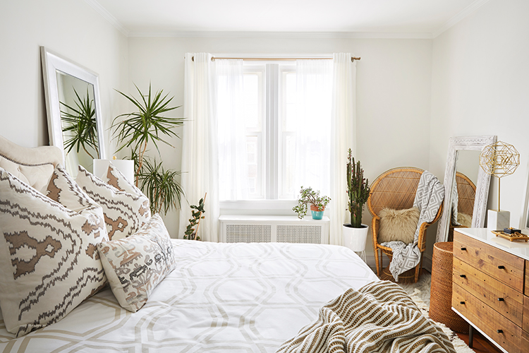 Neutral Bedroom - Brooklyn Blonde