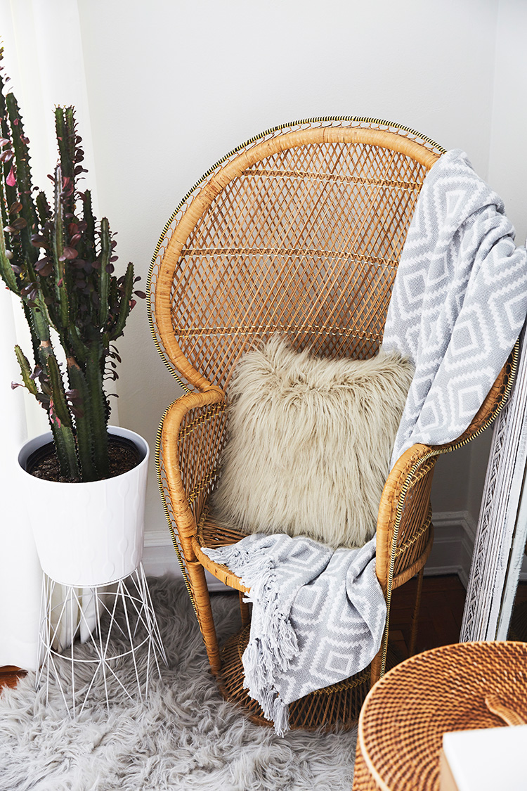 Peacock Chair Inspiration - Brooklyn Blonde