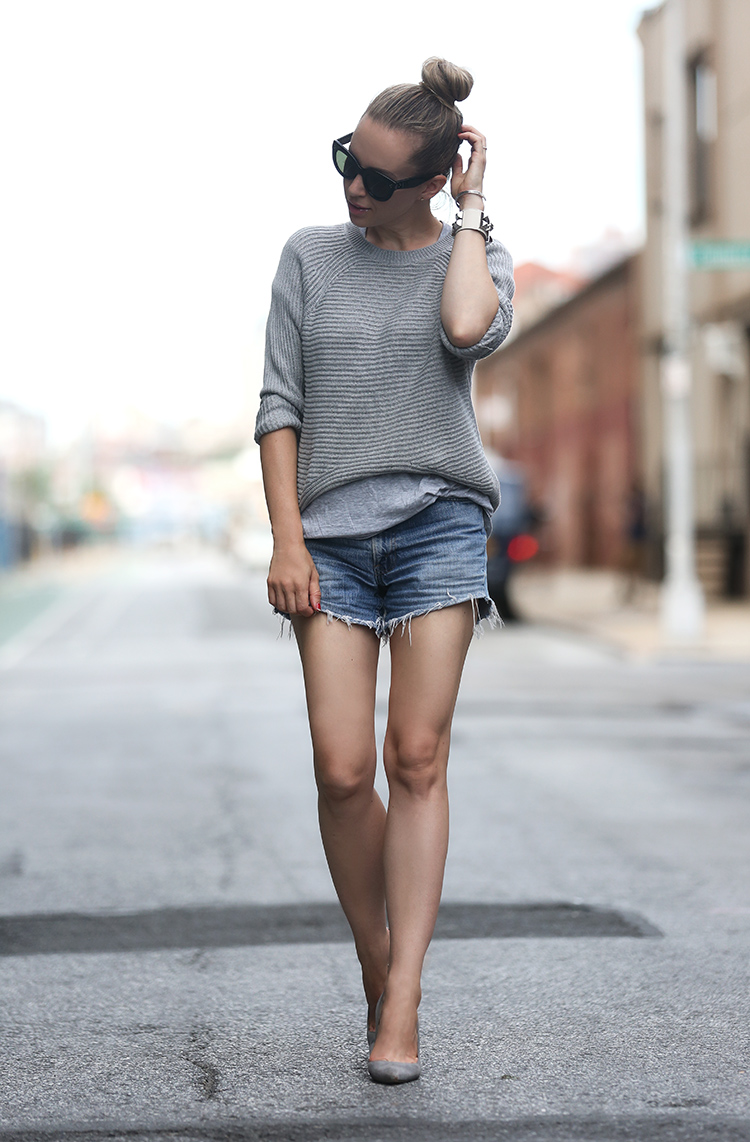 summer style in vintage denim levis cutoff shorts