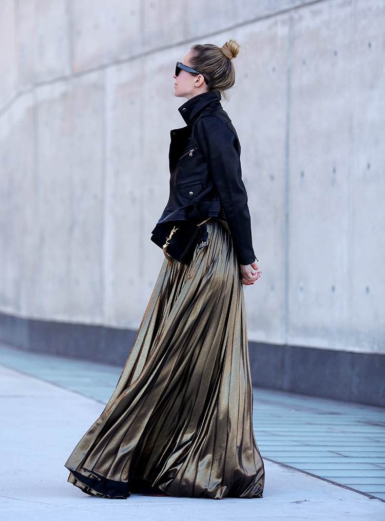 Holiday Dressing | Gold Pleated Skirt