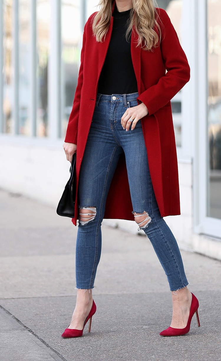 How to Wear a Bold Red Coat | Red Coat and Red Pumps