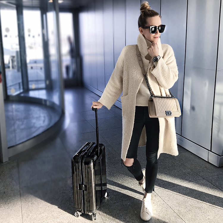Zara Beige Teddy Bear Coat, Fall Travel Style, Helena of Brooklyn Blonde