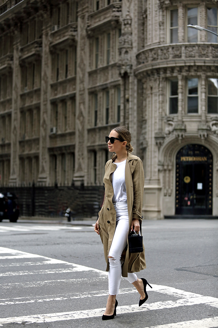 Alwyn Court Monochromatic Outfit, Helena of Brooklyn Blonde