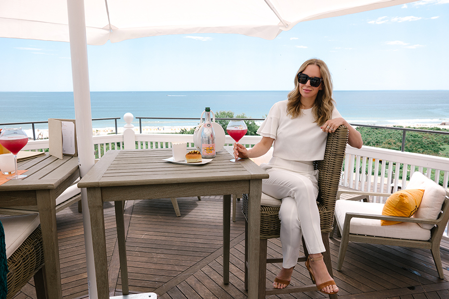 Summer Patio, Brunch Outfit, All White, Helena of Brooklyn Blonde