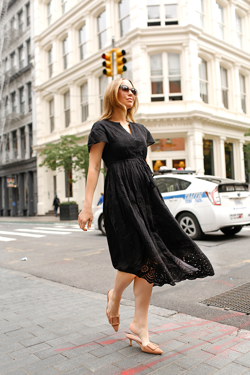 Helena's outfit details: Dress: The White Company | Mules: Manolo | Sunglasses: Celine