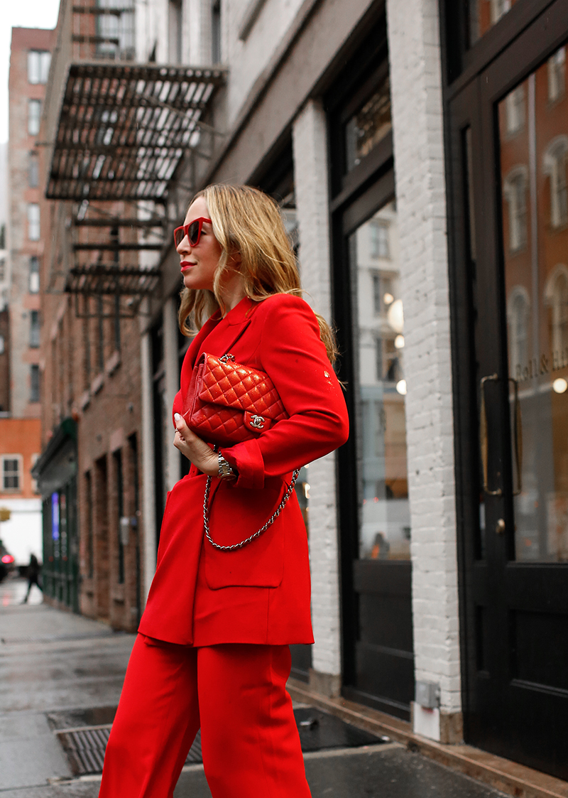 Red Monochromatic Statement Outfit, All Red Outfit, Red Chanel Flap Bag, Helena of Brooklyn Blonde