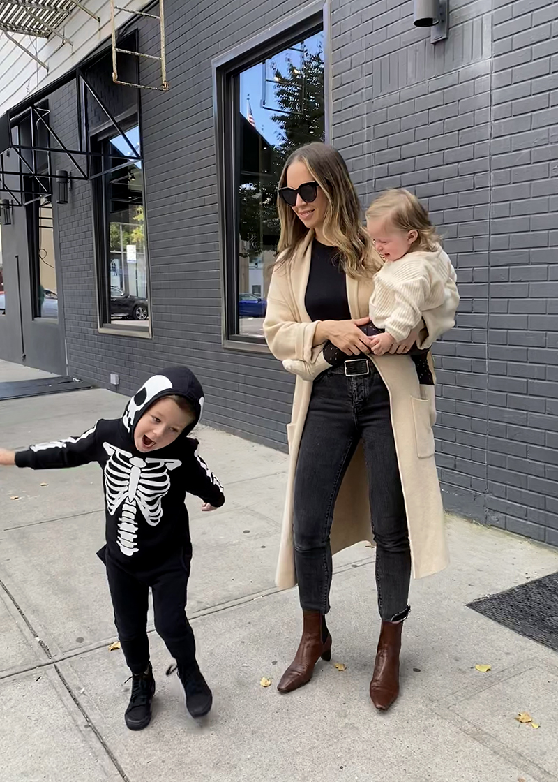 Five Comfy & Chic Mom Outfits